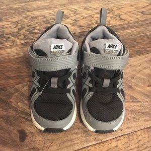 Boys toddler Nike shoes